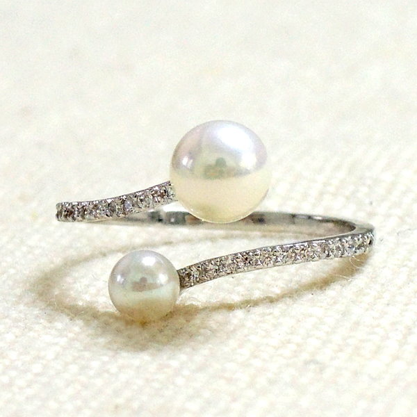 Pearls and Clear CZ Ring