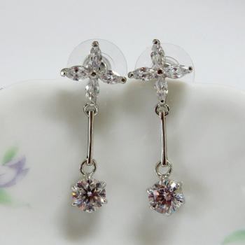 Fashion Jewelry Dangle CZ Earrings