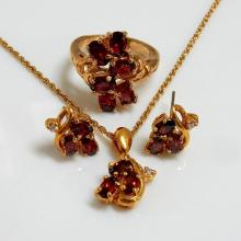 Oval Garnet Pendant Earrings Ring Jewelry Set